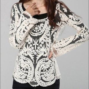 Ivory lace long sleeved top